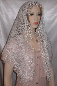 Ivory Floral Venise Yisraeli Designed Trimmed Mantilla Veil