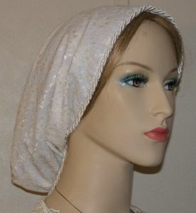 Ivory Plain Lace Lined Snood Headcovering