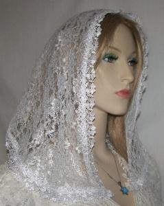 White Floral Lace Delicate Floral Venise Trim Hairwrap