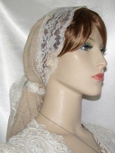 Beige Poly Snood Lace Ties