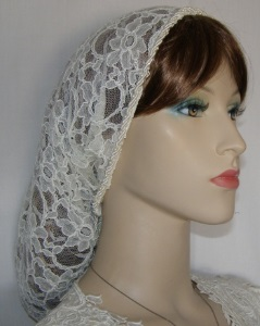 Ivory ReEmbroidery Floral Lace Snood