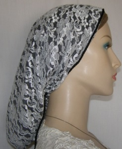 White Lace Snood Black Lining