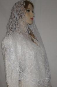 White Rose Venise Trim Lace Headwrap Mantilla Veil