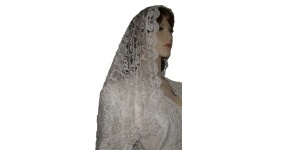White Rose Venise Trimmmed Bridal Veil