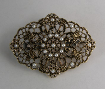 Gold and Pearl Tichel Hair Clip