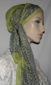 Olive & Tan Design Pre Tied Snood