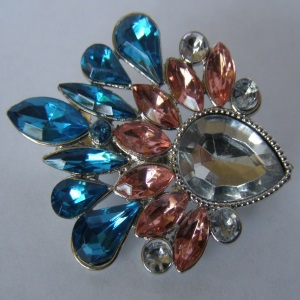 Turquoise Peach Crystal Beaded Tichel Pin