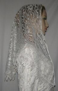 Ivory Floral Lace Veil Tichel Head Covering Venise Trim
